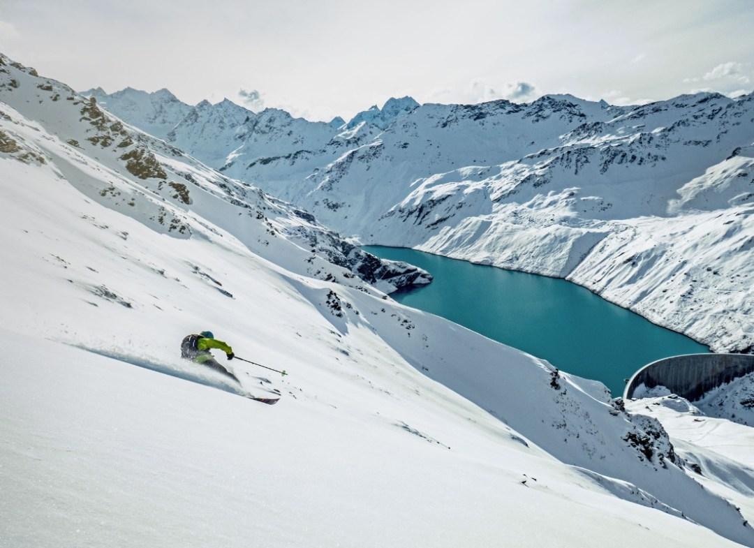 Skiing in Grimentz