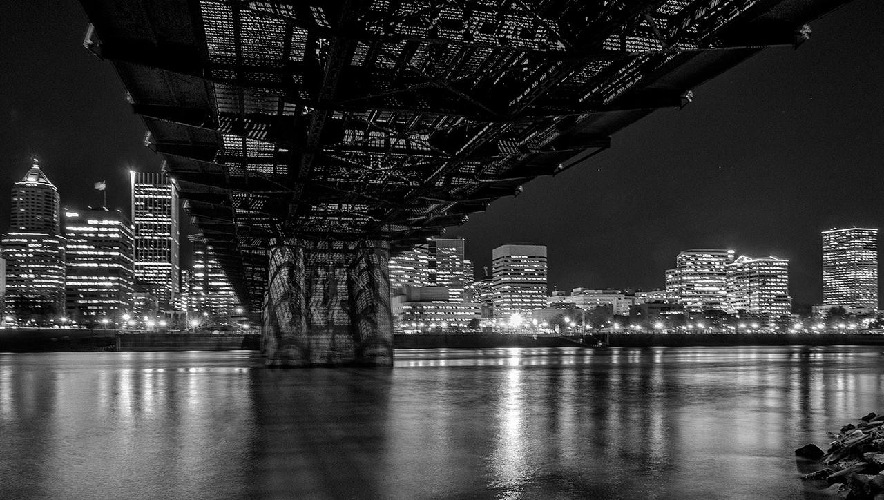 Under the Hawthorne Bridge image