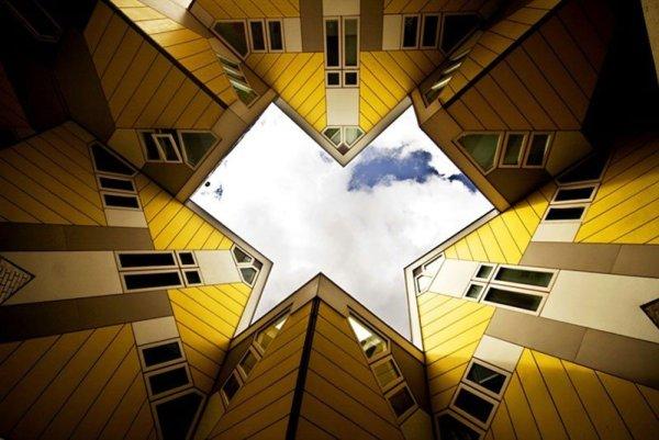 22-33-Worlds-Top-Strangest-Buildings-cubic-houses2