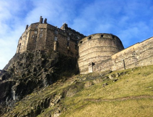 Edinburgh Castle Migrating Miss