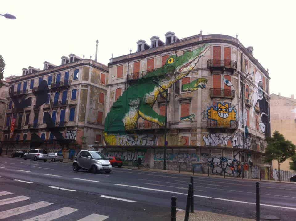 lisbon-graffiti- expat interview