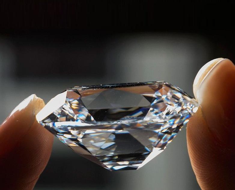 diamante-gema-preciosa