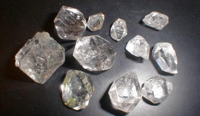 diamante-bruto