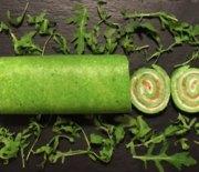 Rollo verde de salmón y queso