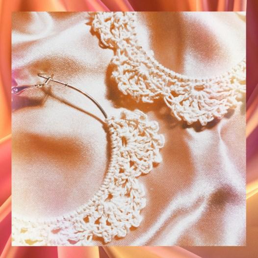 Crochet pinwheel earrings detail photo
