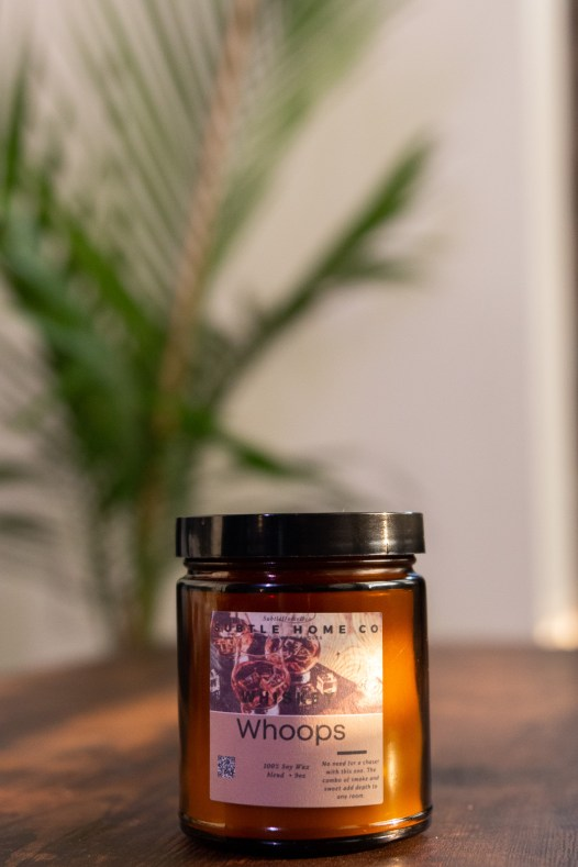whiskey scented soy candle