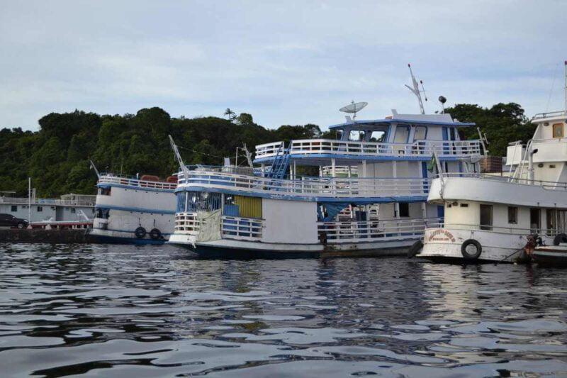 Boot in de Amazone