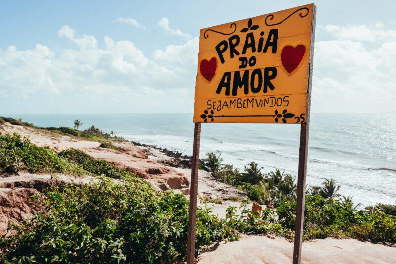 Praia do Amor bord aan het strand