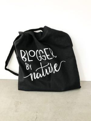 tas met het logo van Blogger by Nature