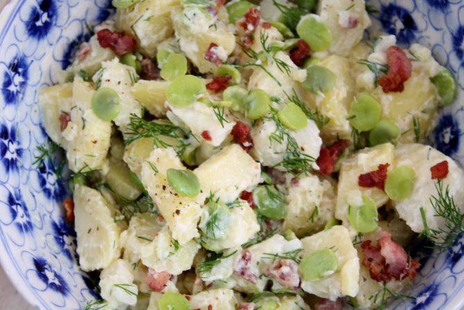 aardappelsalade met tuinbonen