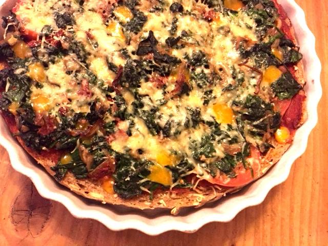 Spinaziepizza van oud brood