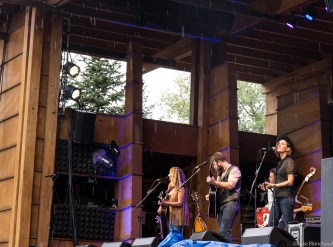 The Waifs onstage at Lyons