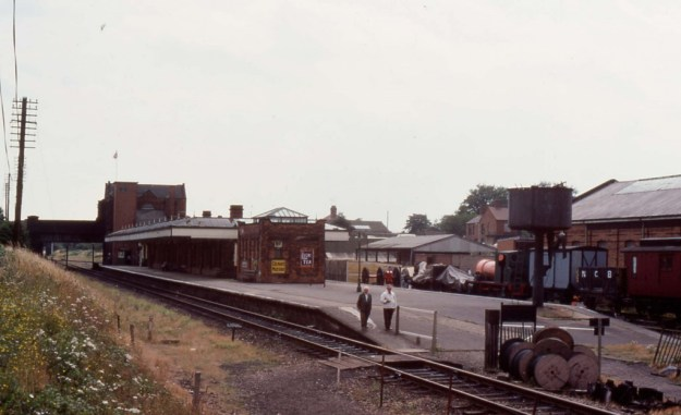 Loughborough Central Station, Leicestershire (1977)