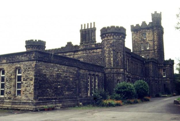 Dobroyd Castle, West Yorkshire (2007)