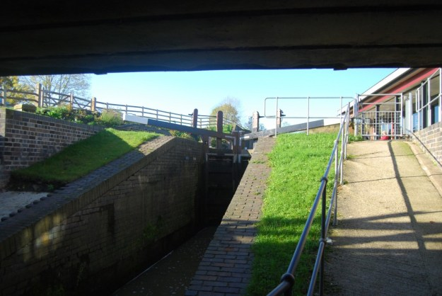 Chesterfield Canal:  Hollingwood Hub