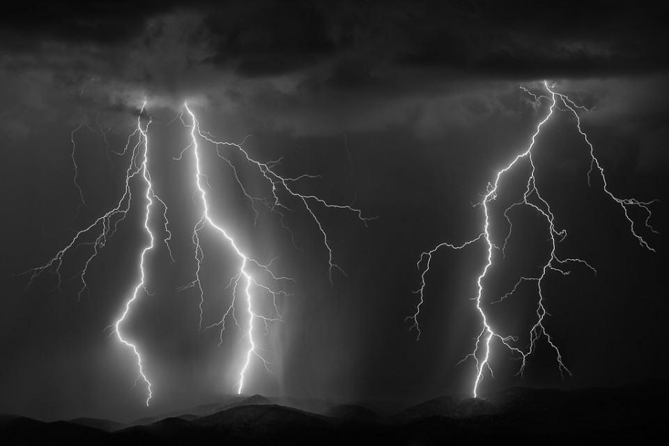 Crashing Down - Monsoon Lightning Arizona Beeline