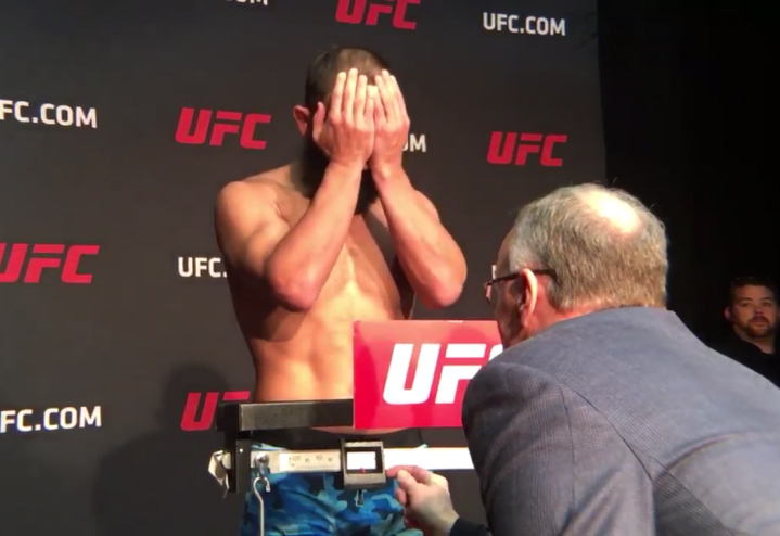 UFC 207 early weigh-ins: Johny Hendricks misses weight again