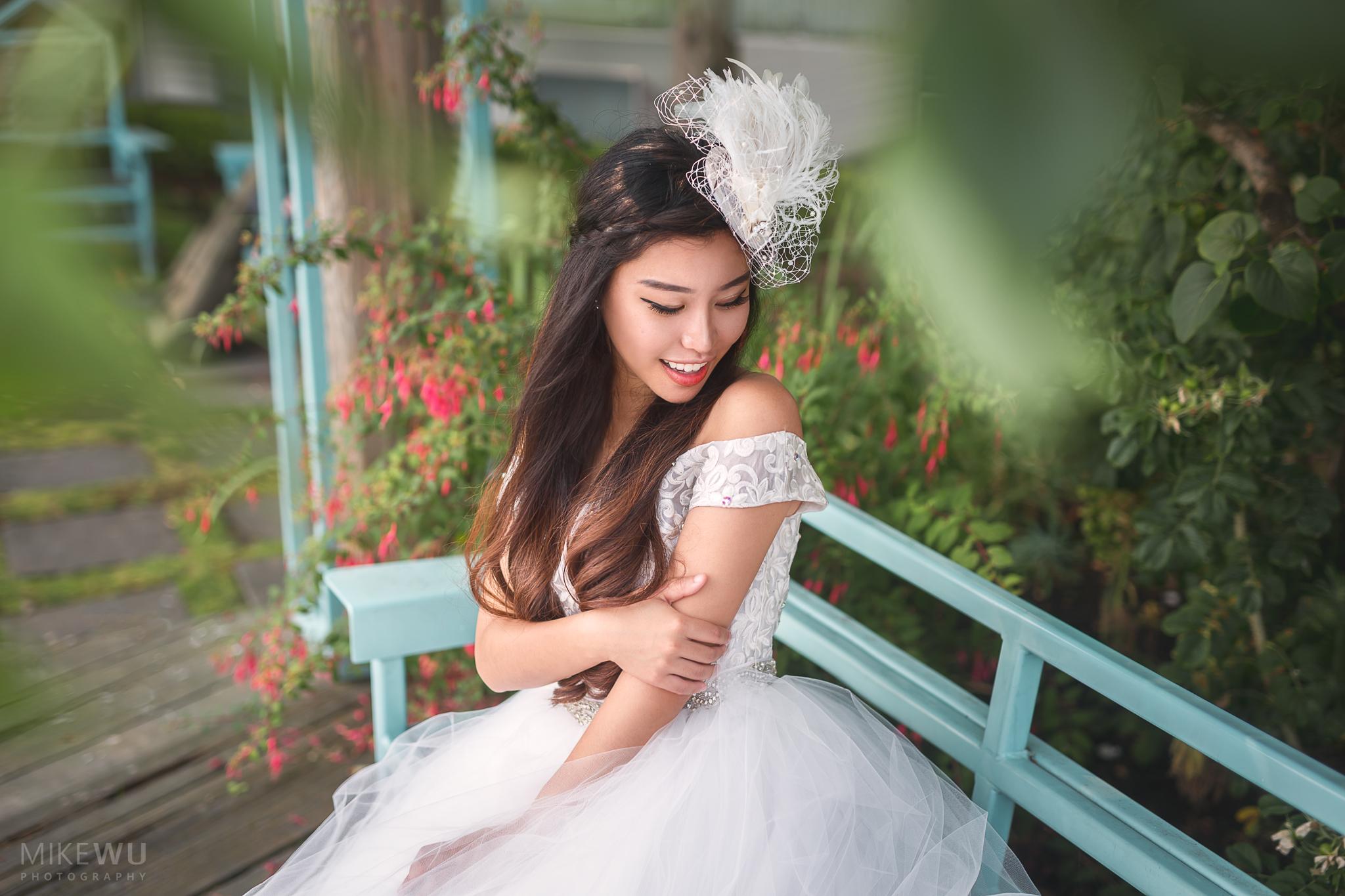 Vancouver Photographer Mike Wu fine art wedding portrait bride bridal white dress asian beautiful unique artistic style