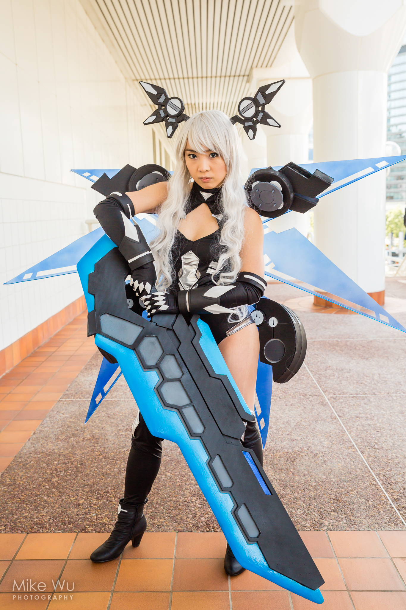 cosplay, Black Heart Noire, Hyper-dimension Neptunia, girl, sword, wings