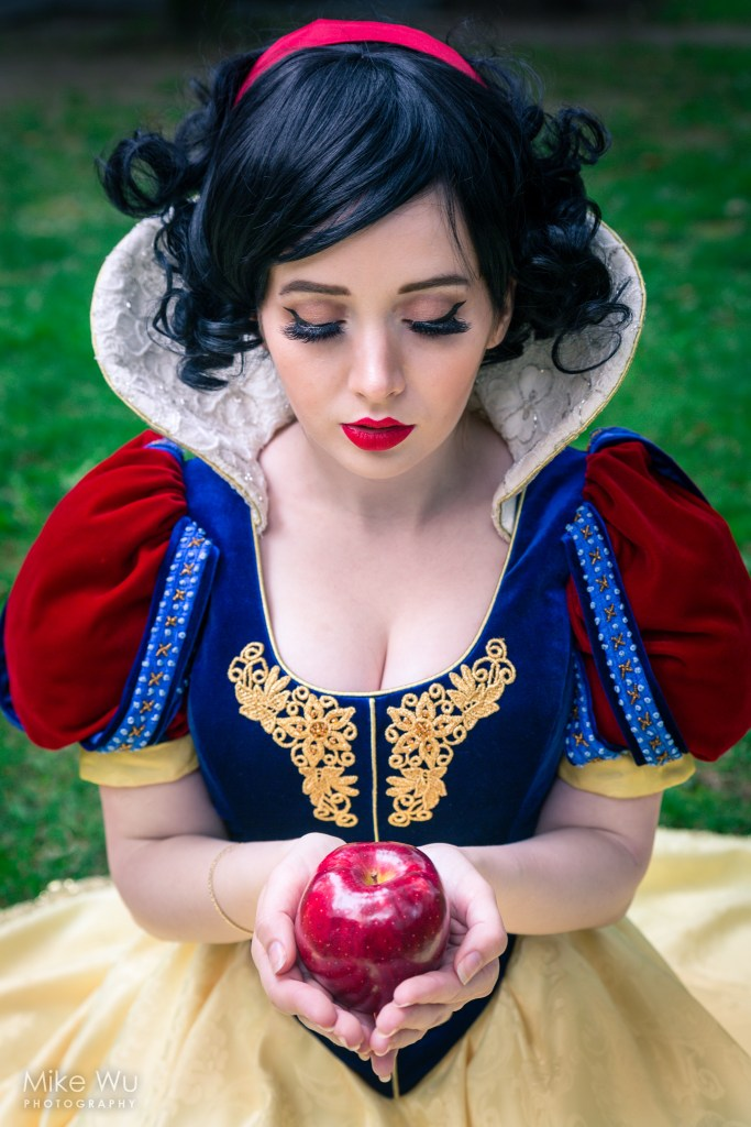 cosplay, disney, snow white, apple, witch, fantasy, story, fairy tale, pure, character, fair