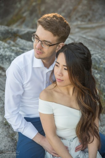 vancouver, wedding, photography, photos, engagement, couple, holding, love, sunset, beautiful, lovely, photography, portraits, outdoor, rock, golden, look, couple, love