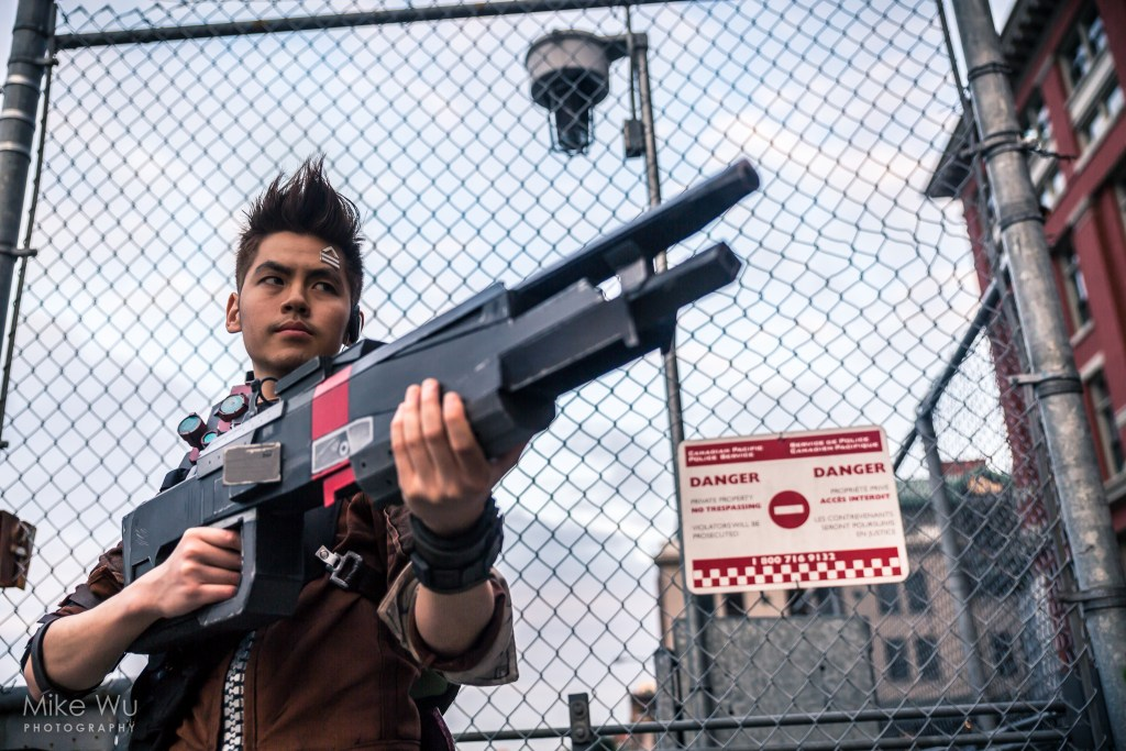 cosplay, game, borderlands, axton, commando, gun, danger, fence, character