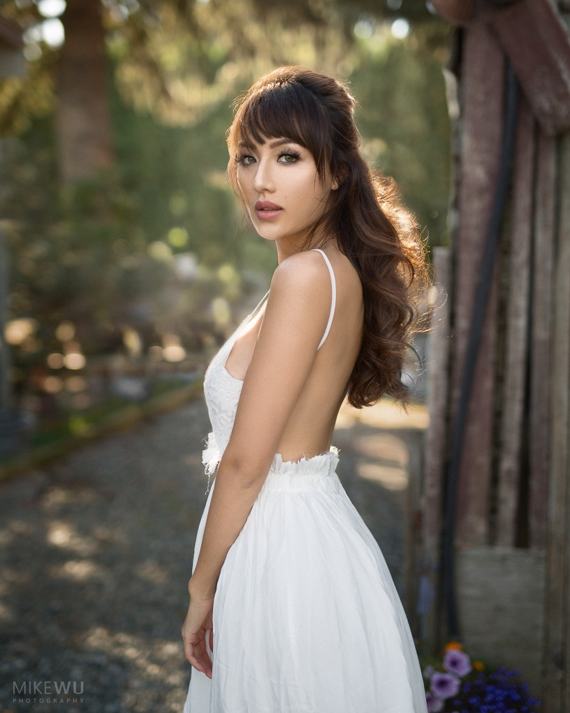 vancouver portrait photographer mike wu beauty asian barn natural light angel white dress soft sharp unique one-of-a-kind artistic photo dreamy girl model female