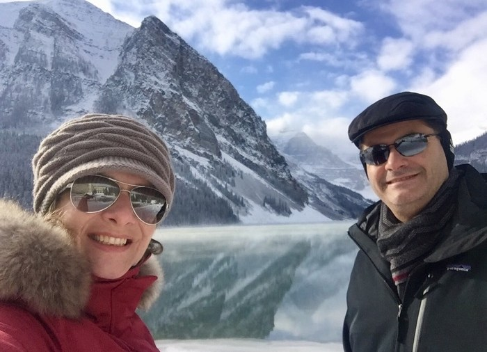 Casal Mikix no Lake Louise
