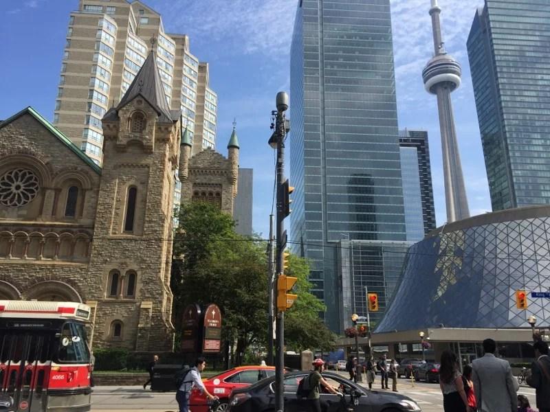 Morar em Toronto