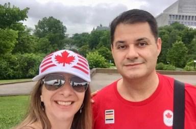 Ser canadense