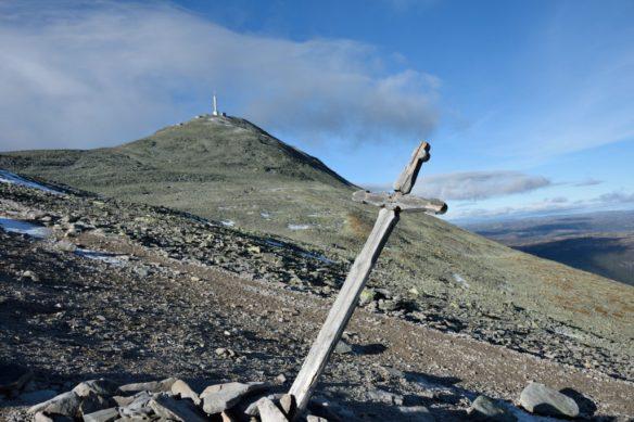 Krzyż na szlaku