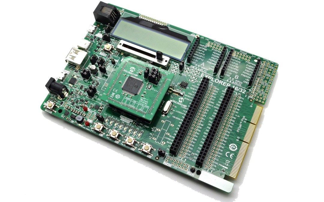 Tarjeta Explorer 16/32 de Microchip