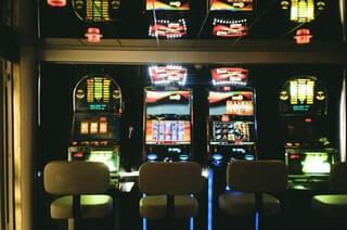 kazino spēles