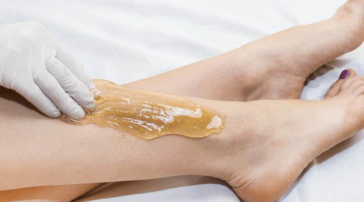 Prevent ingrown hairs after waxing