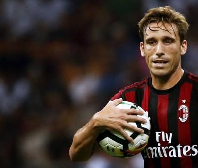 Il centrocampista del Milan Lucas Biglia