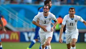 italia-uruguay-0-1-rodriguez