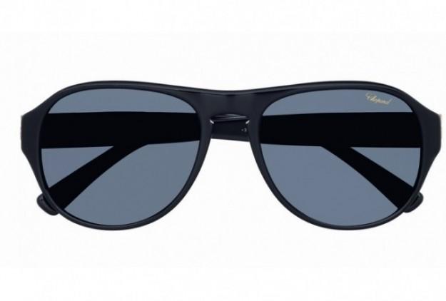 berlusconi-occhiali-da-sole-neri