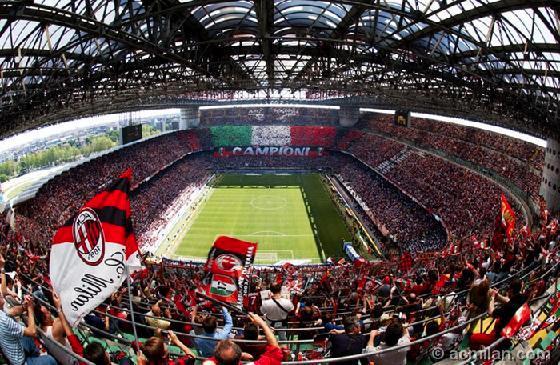 3718159-San_Siro_Stadium-Milan
