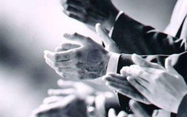 1225611_applausi_thumb_big