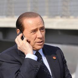 """B: """"Ciao Adriano, a che ora giuoca il Milan?"""" G: """"Mi hai già chiamato sette volte oggi, ha giocato due giorni fa!"""" B: """"Ma almeno Van Basten ha segnato?"""""""