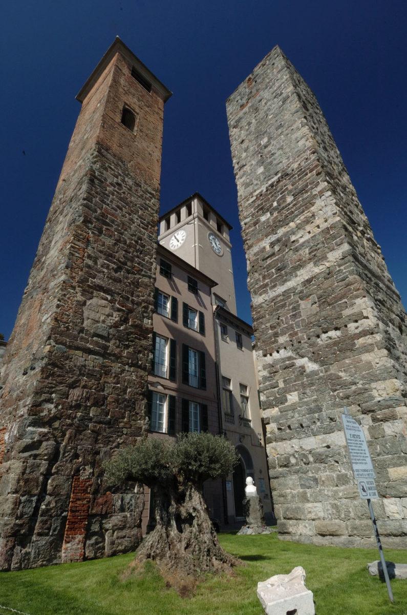 Savona, Torre del Brandale o la Campanassa