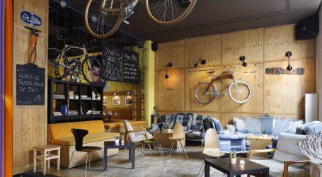 Il 6 giugno asta benefica d'artista per i 20 anni de Le Biciclette