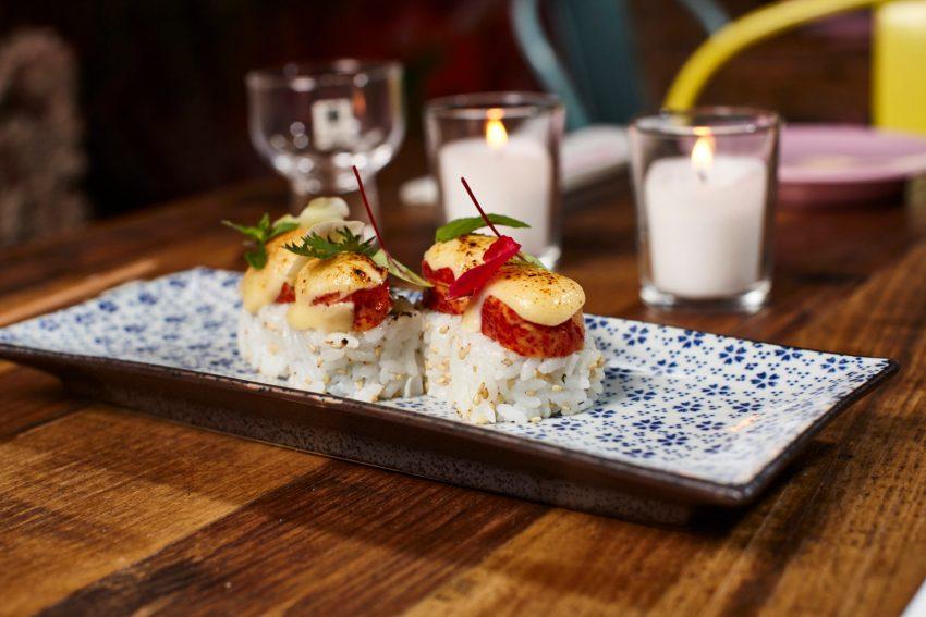 Ogni piatto ordinato è servito in perfetto stile finger food