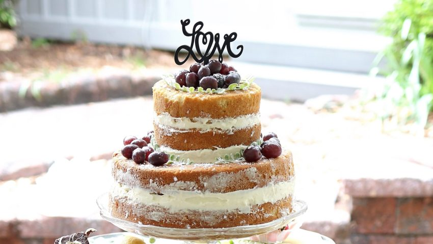 wedding cake country chic
