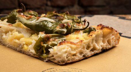 """Pizzottella: a Milano, il trancio di pizza, """"lo famo strano"""""""