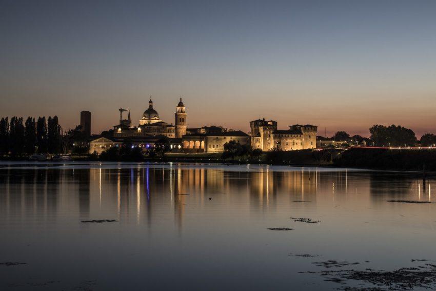 Mantova al tramonto