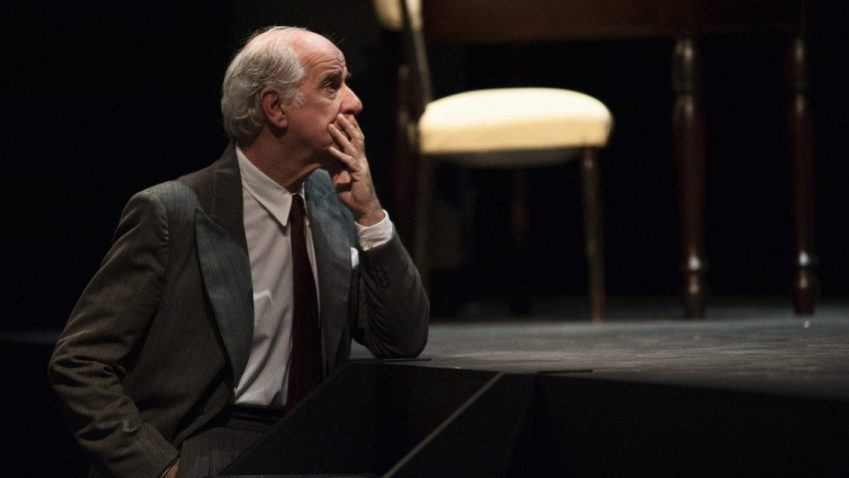 Toni Servillo al Piccolo Teatro con Elvira dal 29/11 al 22/12 (foto Fabio Esposito)