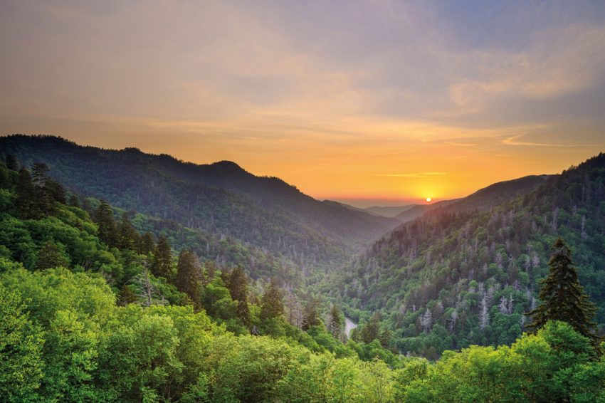 Il tramonto da Newfound Gap nel Great Smoky Mountains National Park