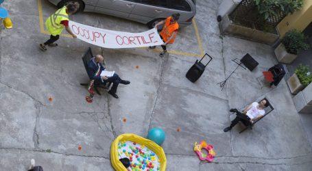 Generazione Disagio occupa con il teatro i cortili di Milano