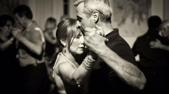 Tutto sui giri. E stage di Tecnica Tango donna e uomo. In classi separate. Domenica 19 febbraio a Milano